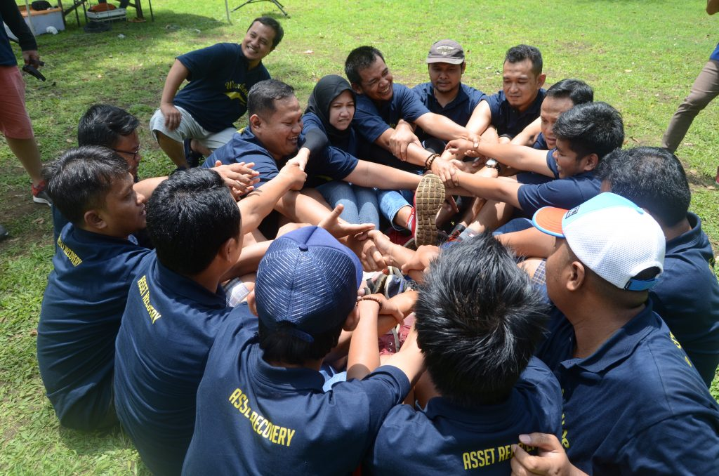 Outbound Di Coban Rais Batu Malang