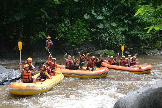 Rafting di Pujon Batu Malang